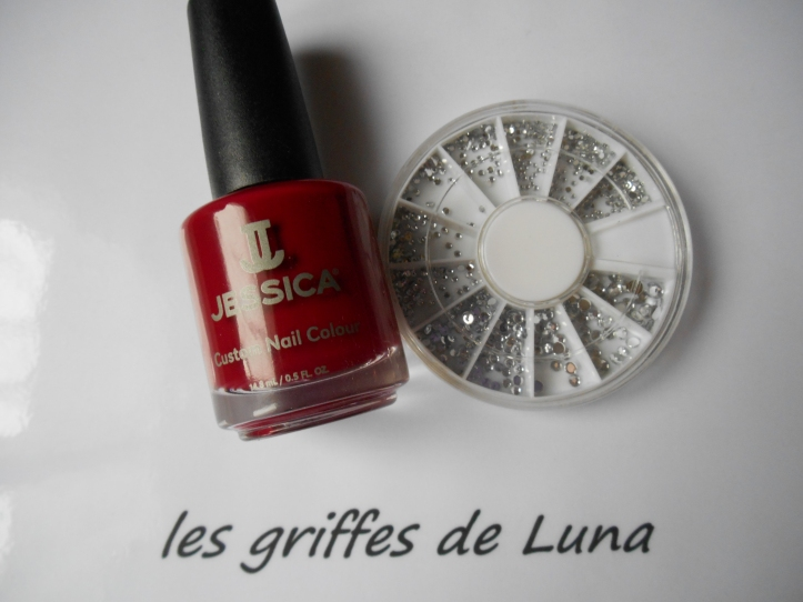 Rouge & strass materiel