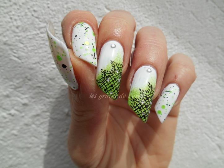 Nail art Vert & dentelle 3
