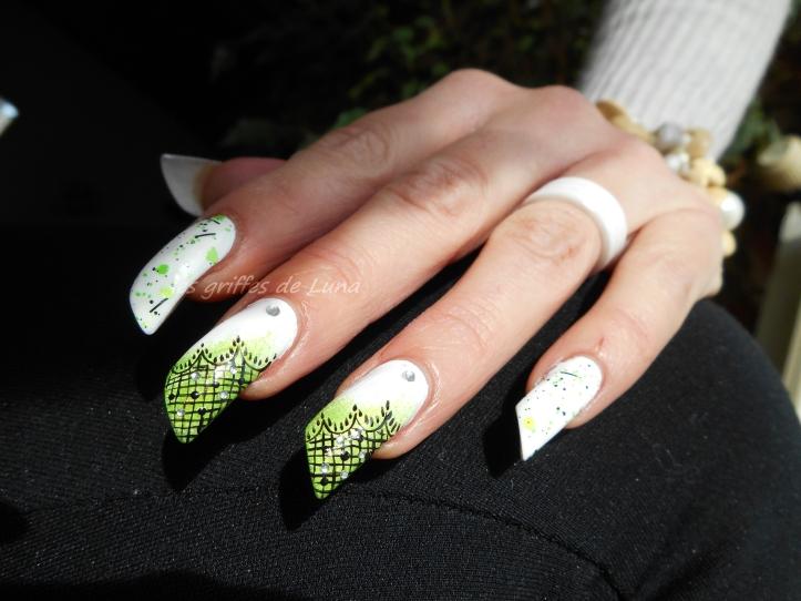 Nail art Vert & dentelle 4