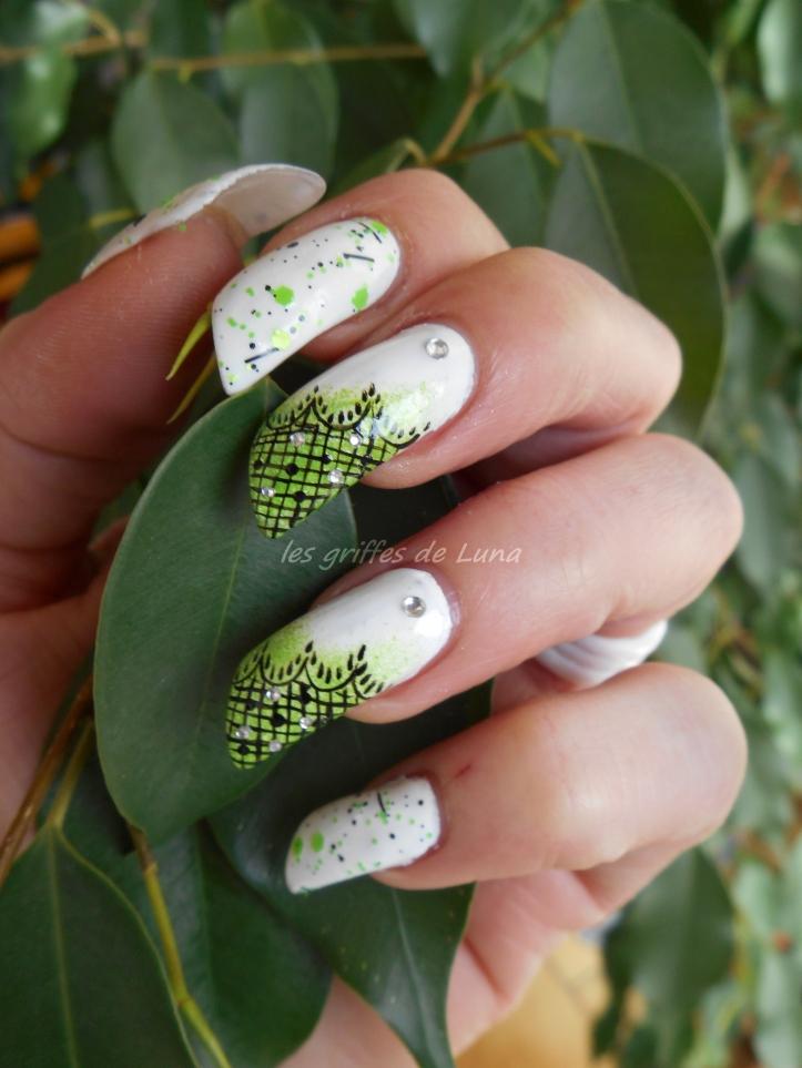 Nail art Vert & dentelle 5
