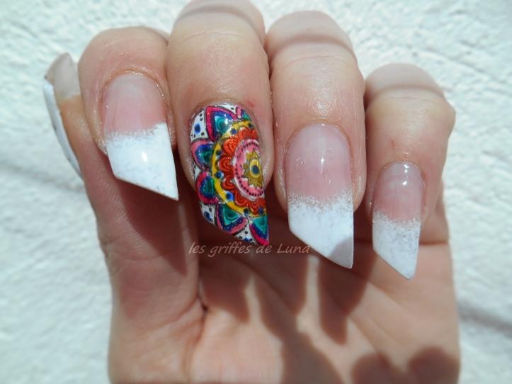 Nail art premier Stamping inversé 3