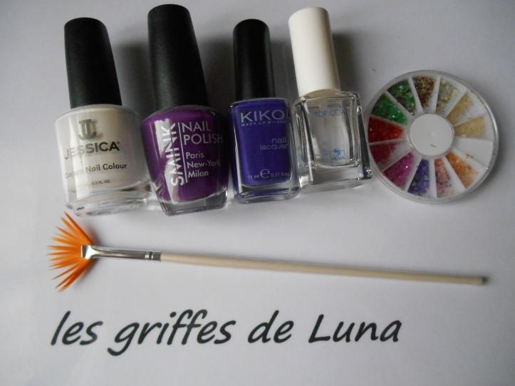 Nail art Violet & nacre materiel