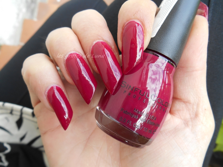 SINFULCOLORS 1208 Berry charm 4