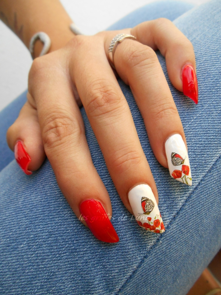nail-art-coquelicots-1