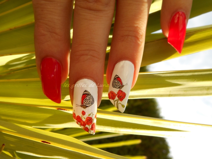 nail-art-coquelicots-2