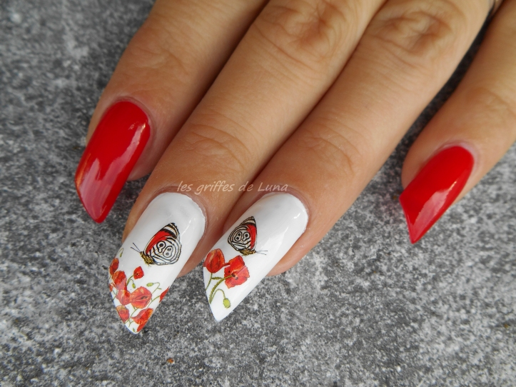 nail-art-coquelicots-4